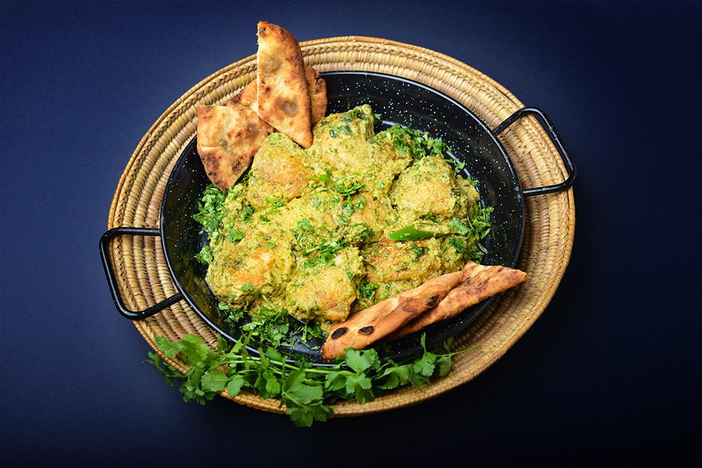 Kuře s koriandrem v pandžábském stylu (Dhania Murgh) šéfkuchařky Sofie Smith