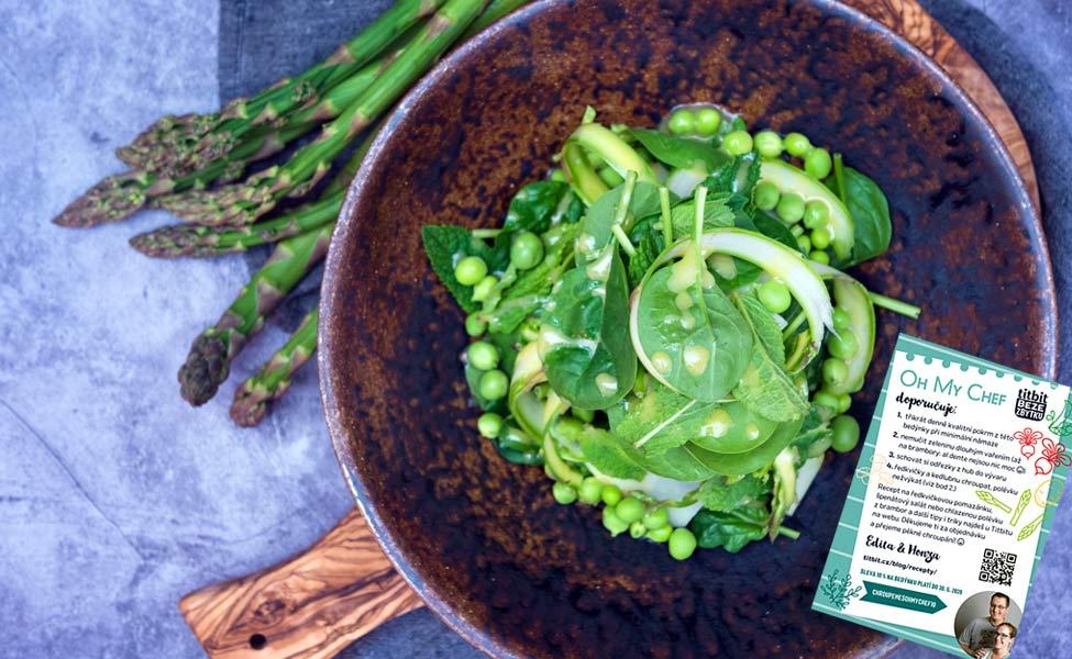 Špenátový salát s hráškem a mátou